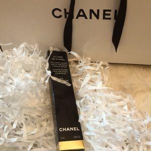 Chanel Rouge Noir 516 eyeliner